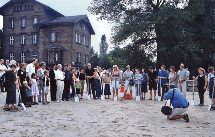 Grundsteinlegung zur ersten Berliner Baugruppe 2001 in der Rummelsburger Bucht